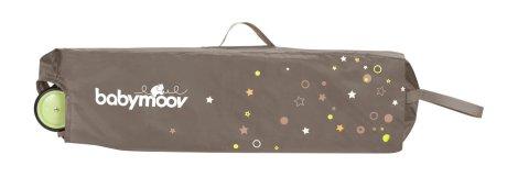 Le sweet night de babymoov dans son sac de rangement / transport
